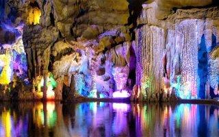 Фото «Пещера Тростниковой флейты»
