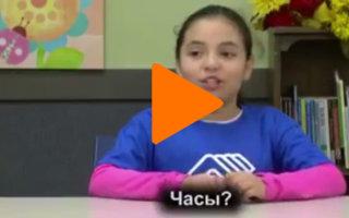 Эксперимент: кому ребенок выберет подарок?