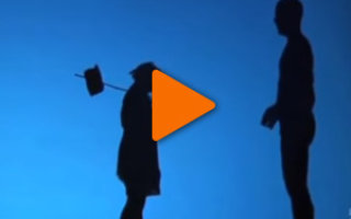Видео «Театр теней удивляет и поражает воображение»
