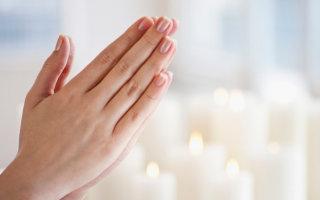 Ищем умиротворение и покой в утренних молитвах