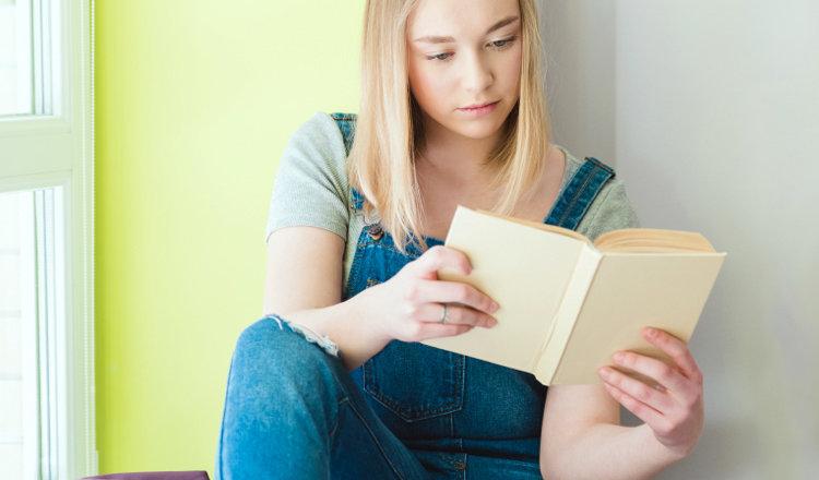 12 увлекательных книг для подростков, чтобы не скучно было сидеть дома