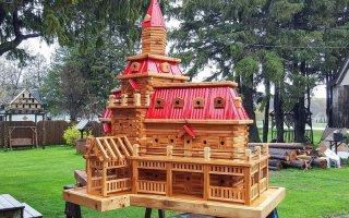 Плотник на пенсии строит роскошные скворечники (11 фото)