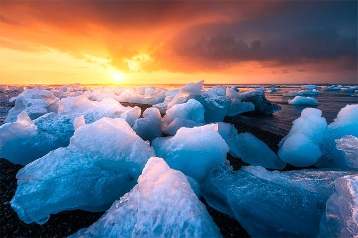 солнце в Исландии