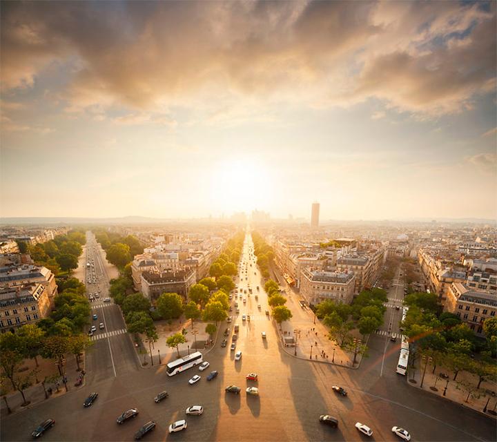 солнце в Париже