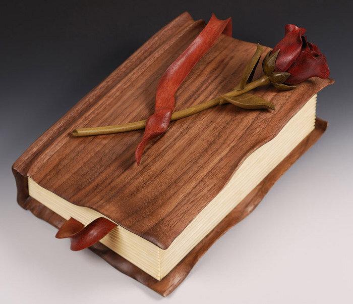 книга из дерева