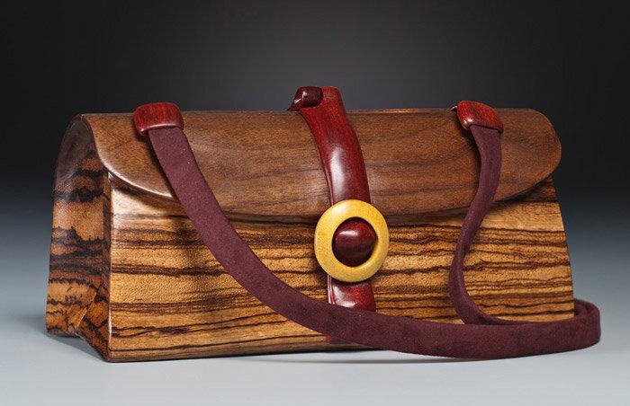 сумка из дерева