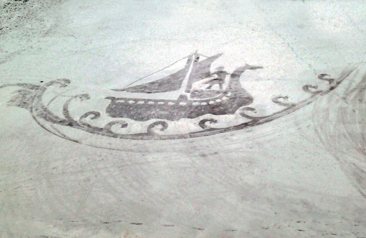 кораблик по волнам снежный рисунок
