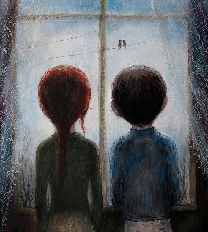 пара смотрит в окно