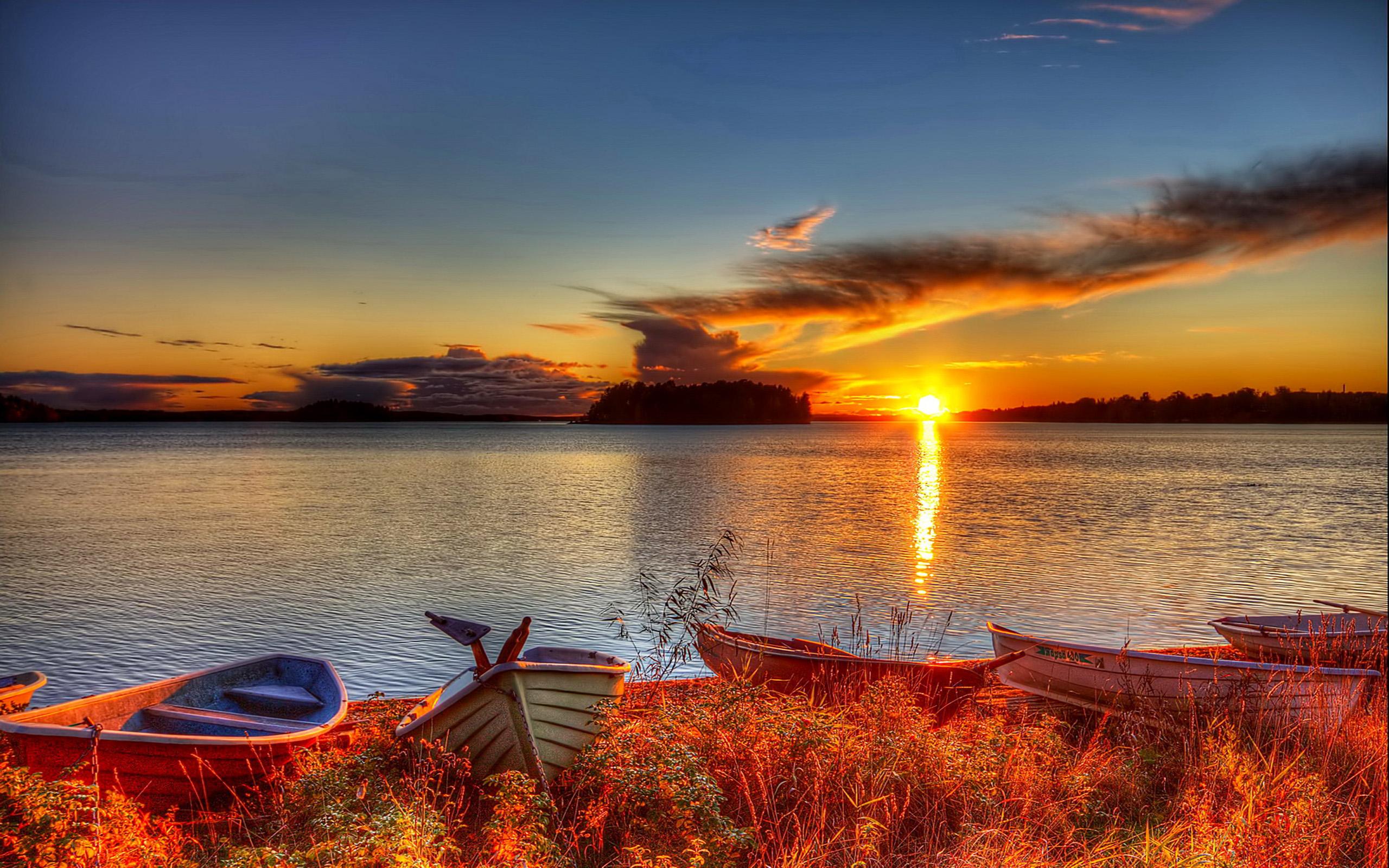 закат лодки