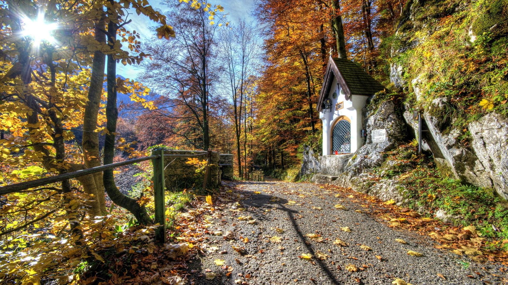 домик осень