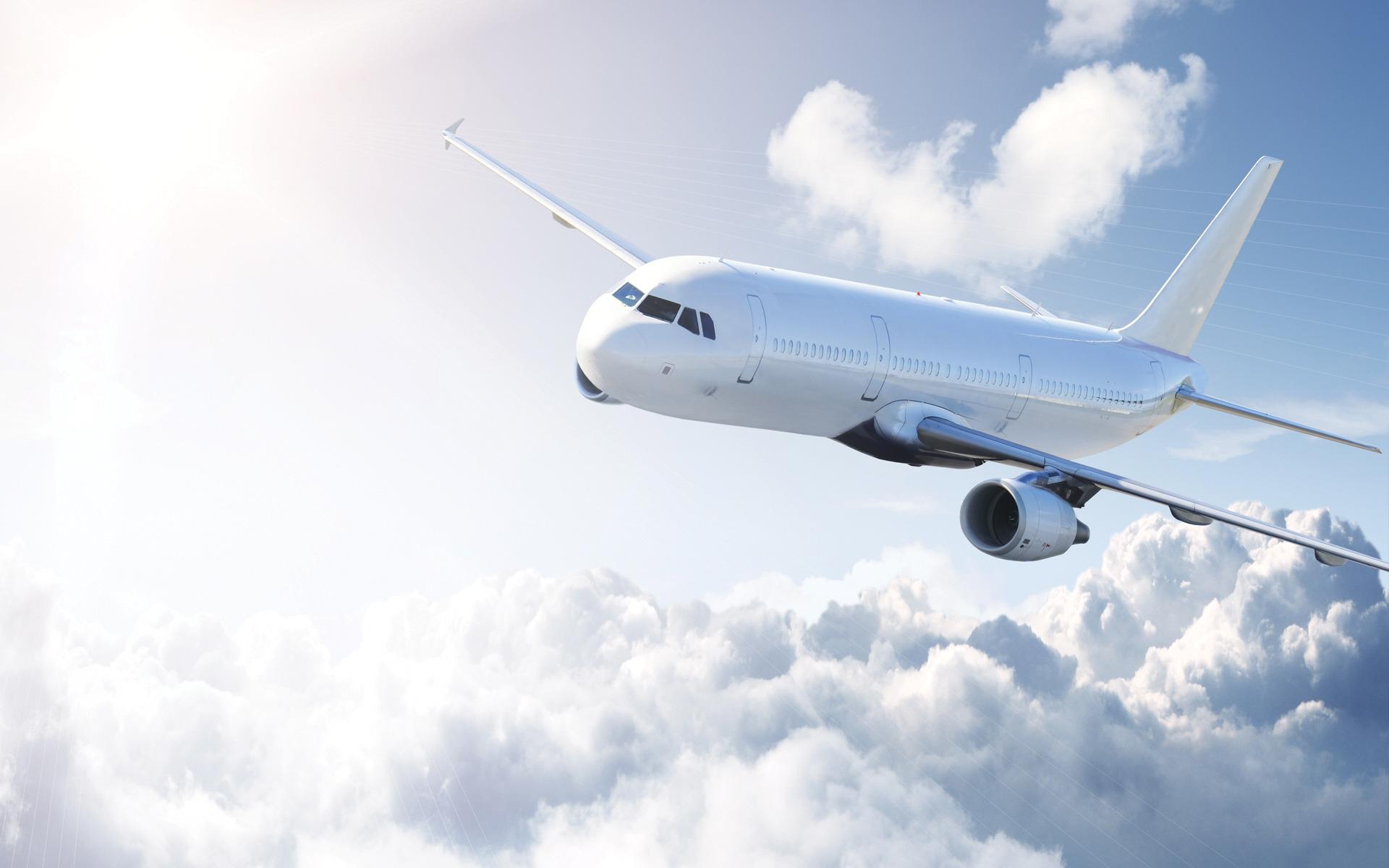 белый самолет