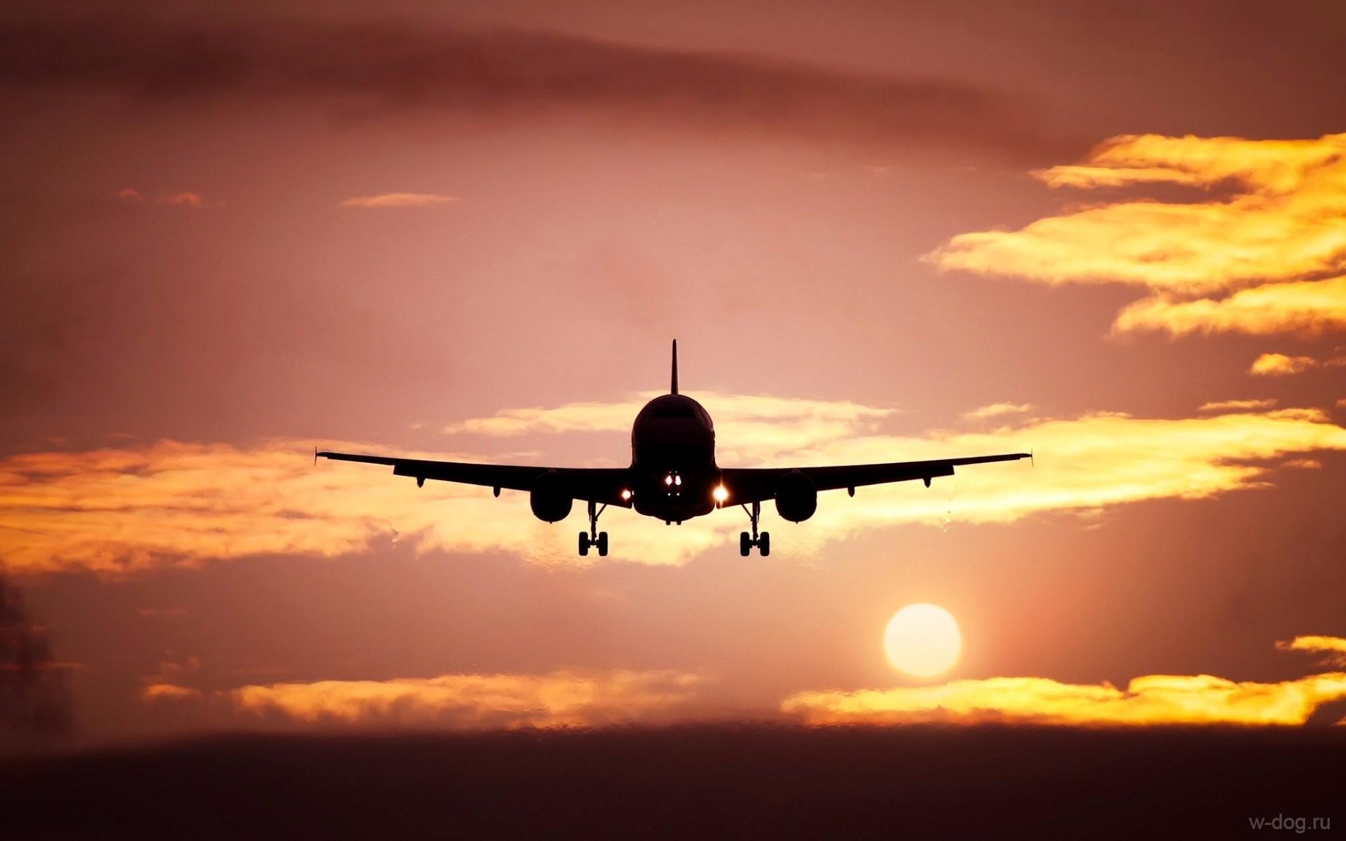 солнце и самолет
