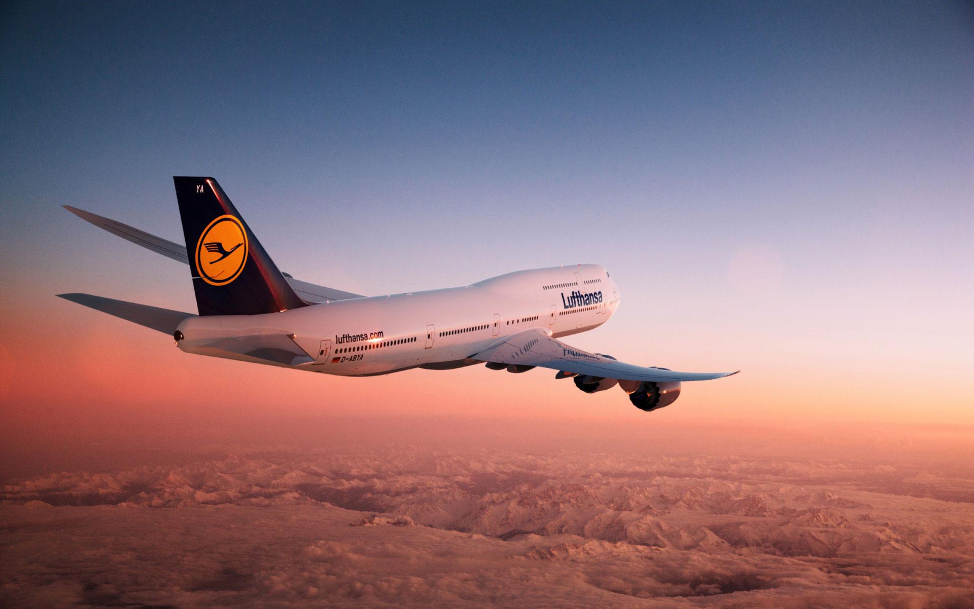 самолет горы красивый вид