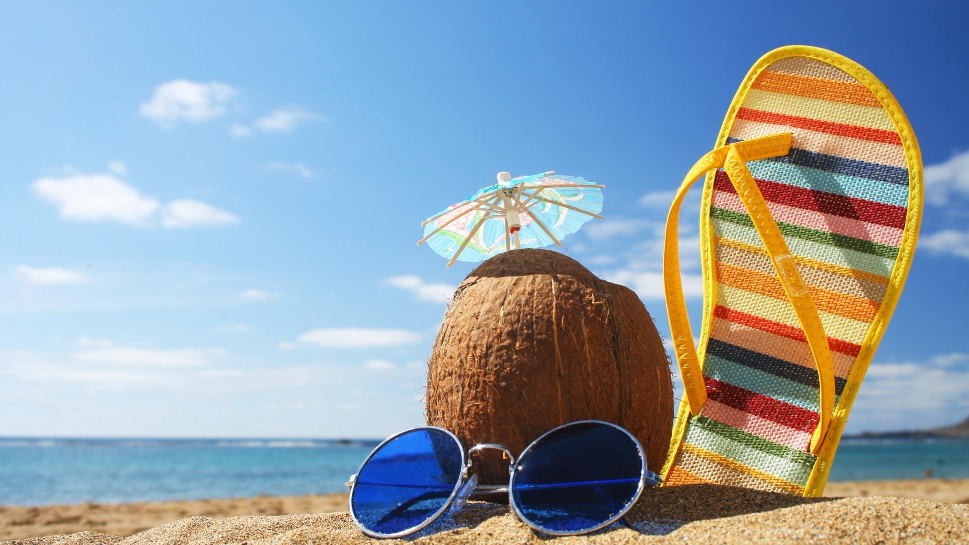жаркое лето кокос