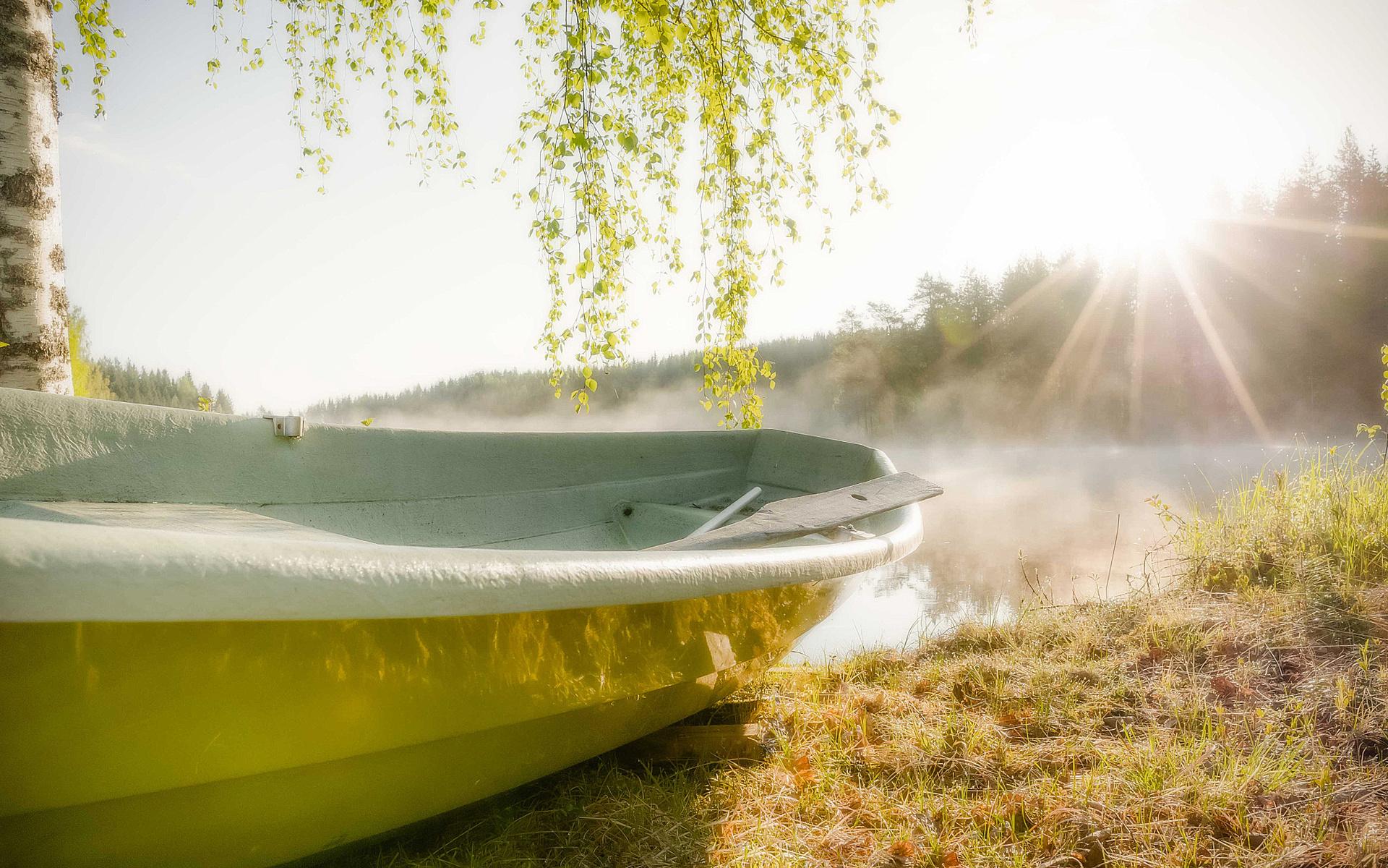 лодка солнце вода