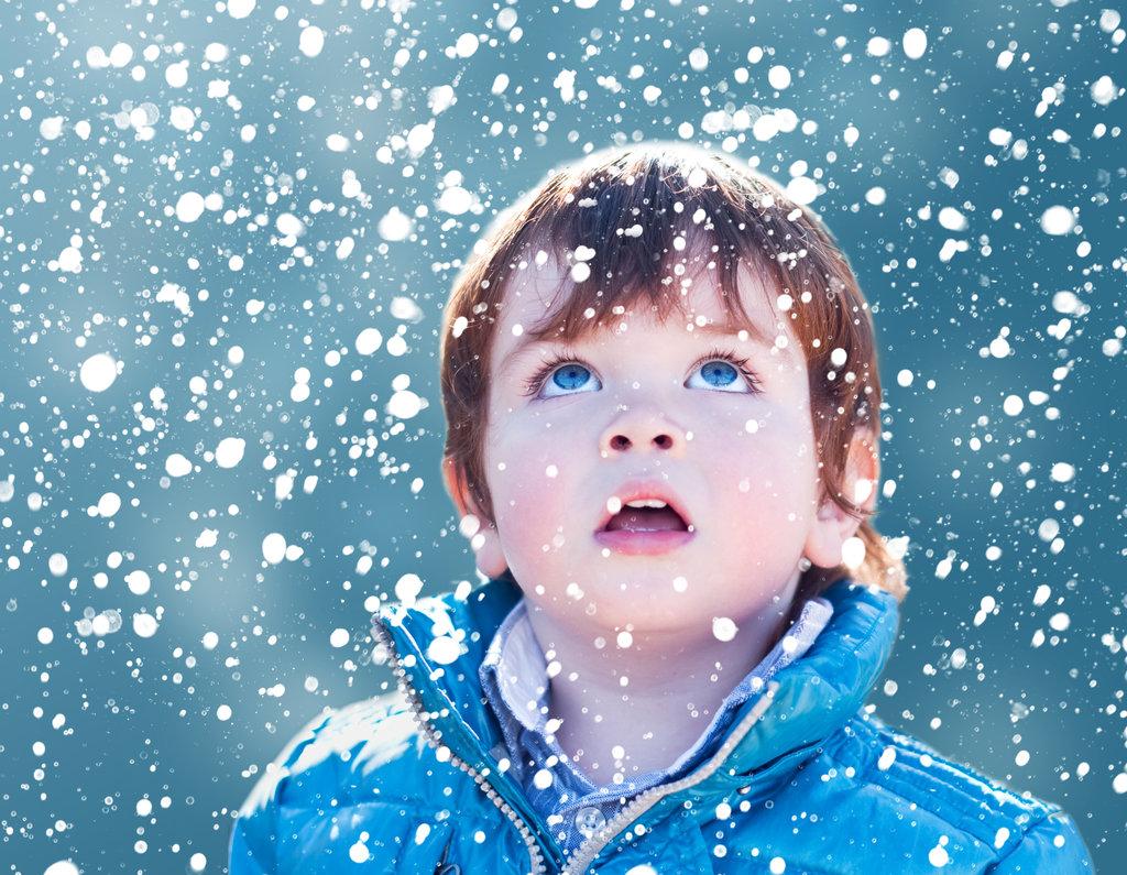 мальчик и снег