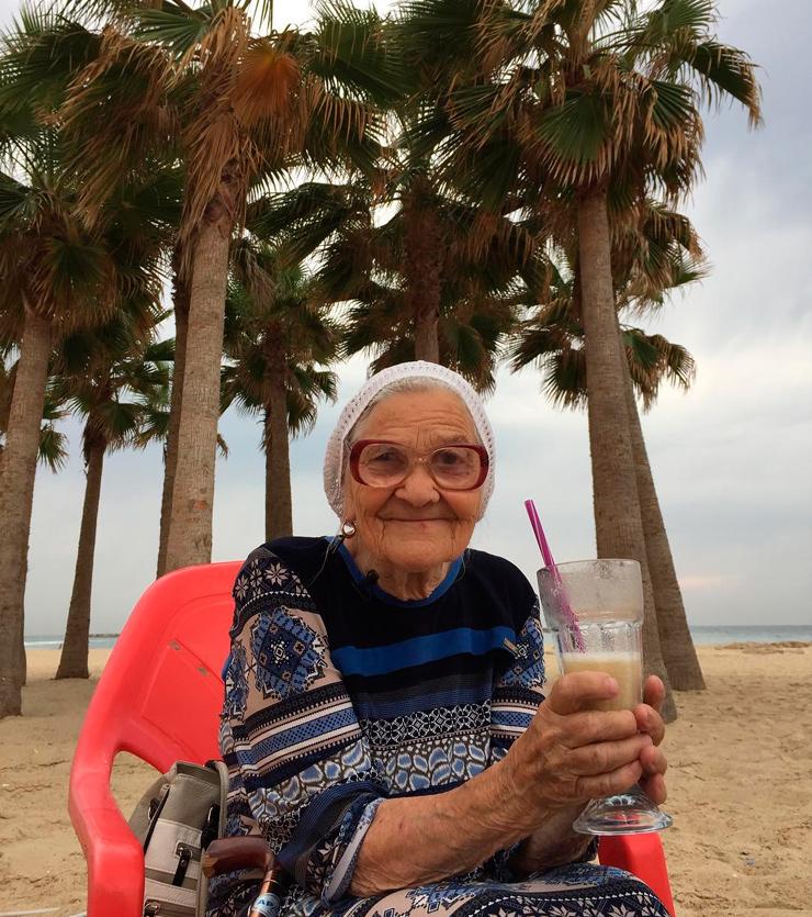 баба Лена 90-летняя путешественница