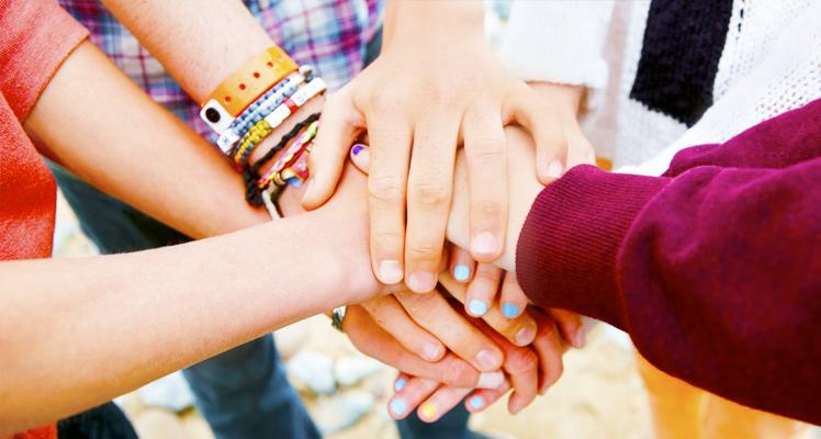 руки дружба