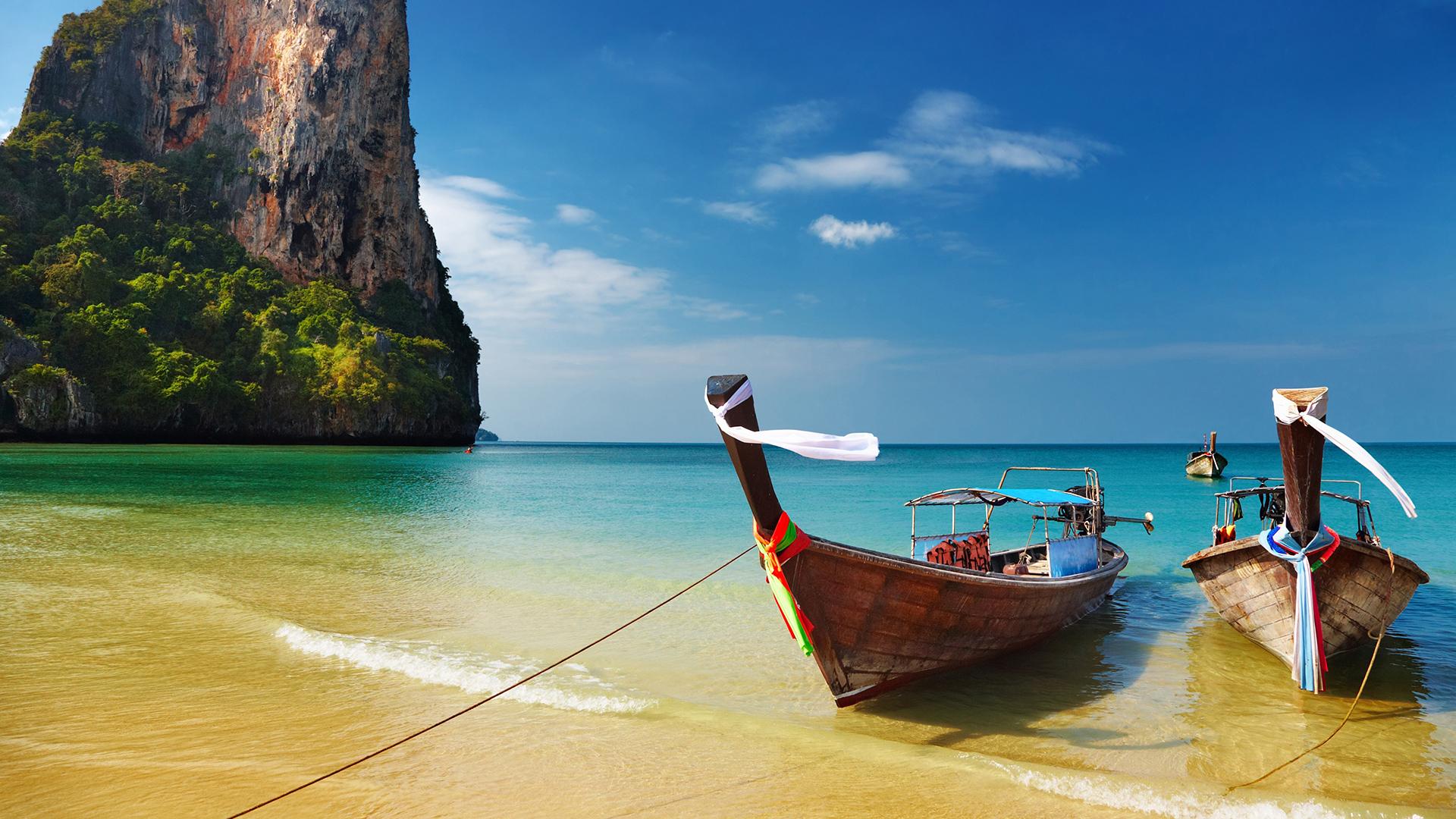 лодки и океан