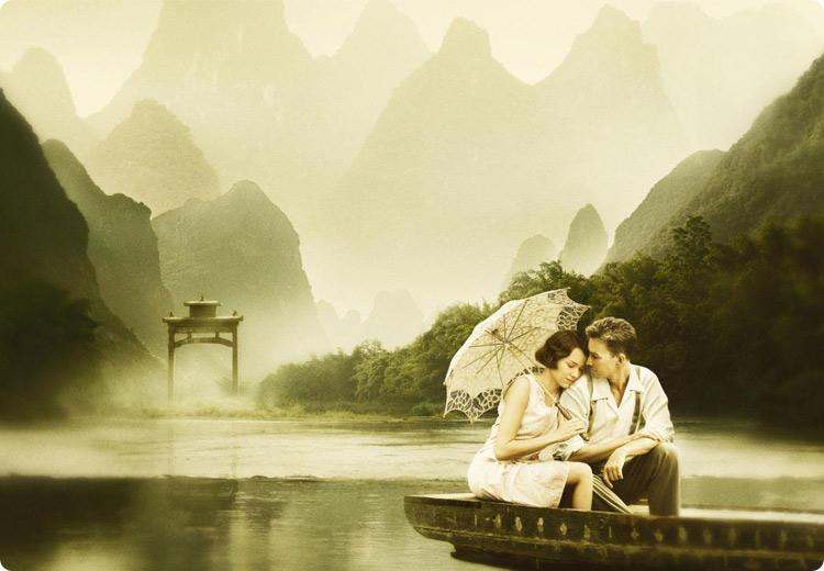 влюбленная пара в лодке