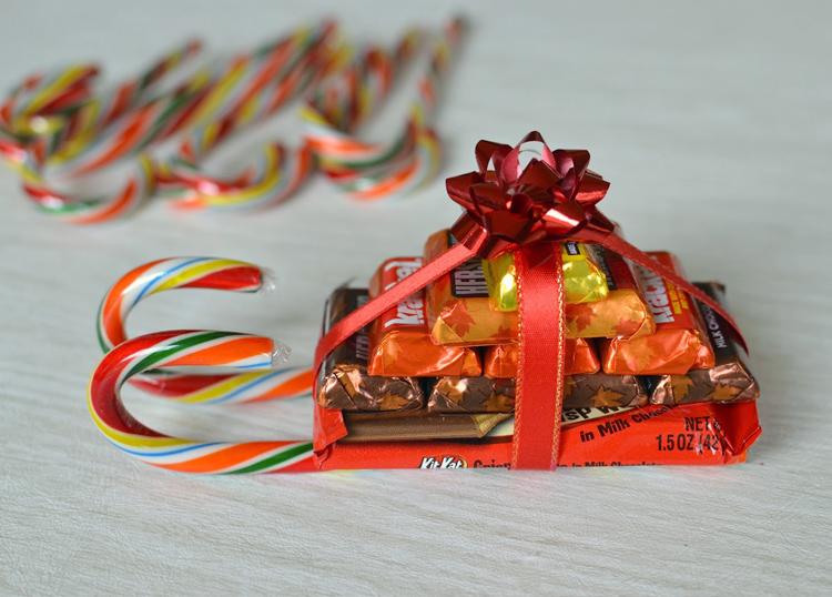 новогодние сани из конфет
