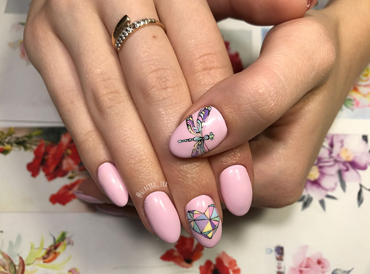 Тренды модного маникюра в розовых тонах в 2020 году (100 фото)