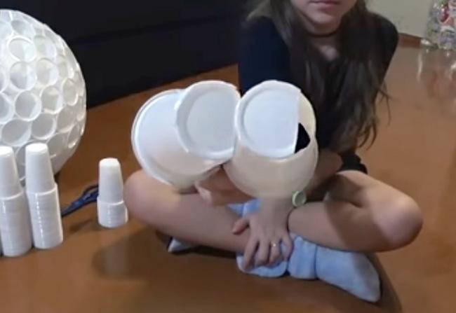Делаем снеговика своими руками. Поделки из разных материалов