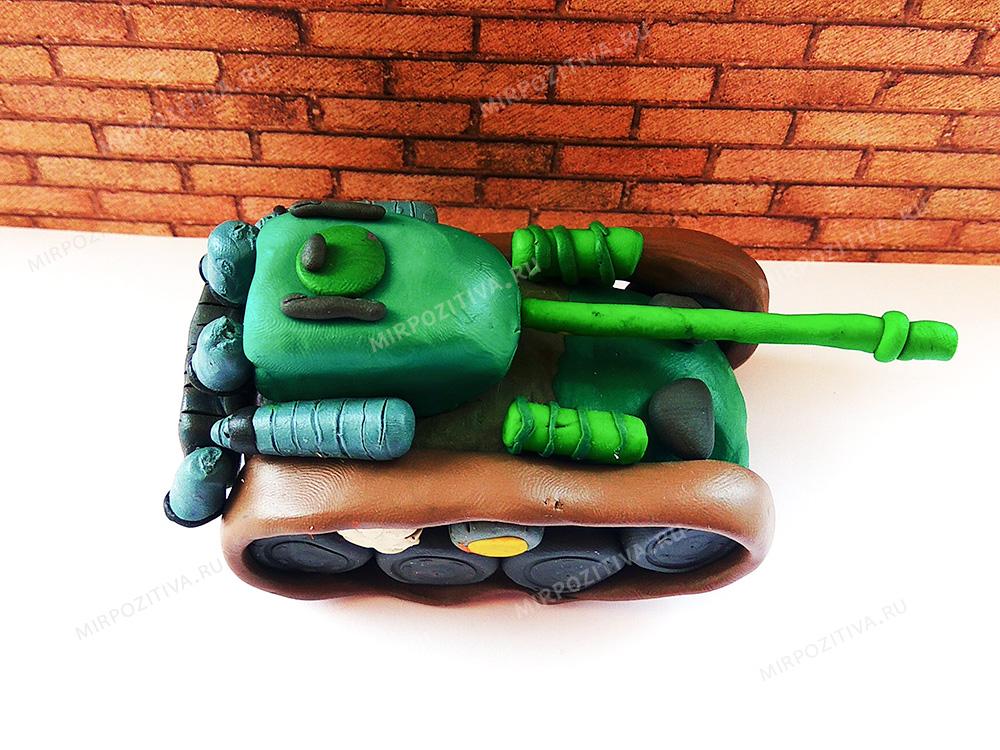 пластилиновый танк