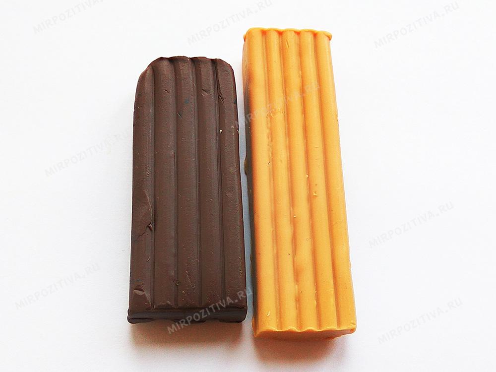 оранжевый и коричневый пластилин